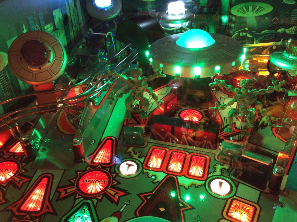 Martians and spaceship from Attack From Mars pinball